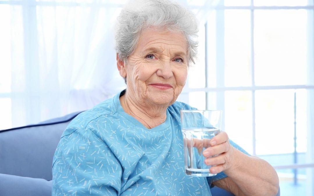 Deshidratación, un riesgo para nuestros mayores